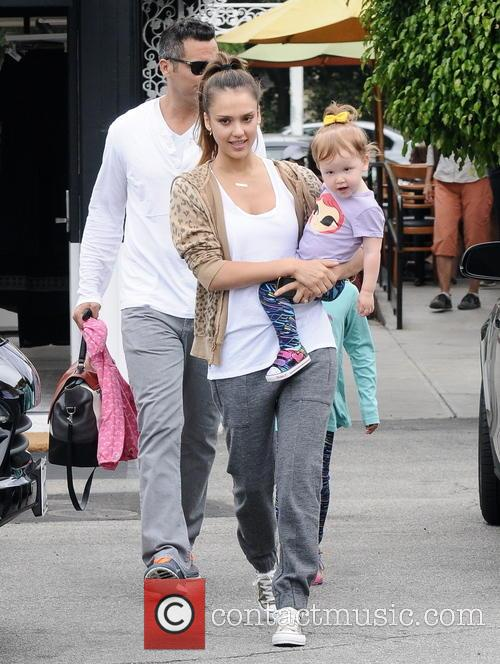Jessica Alba, Cash Warren, Honor Marie Warren and Haven Garner Warren 7