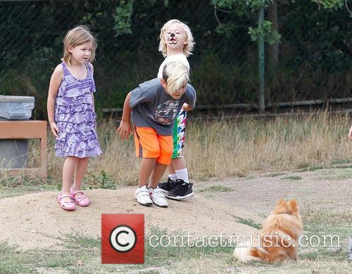 Gwen Stefani, Kingston Rossdale and Zuma Rossdale 9