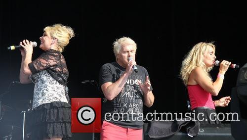 bucks fizz, Cheryl Baker, Jay Aston and Mike Nolan 2
