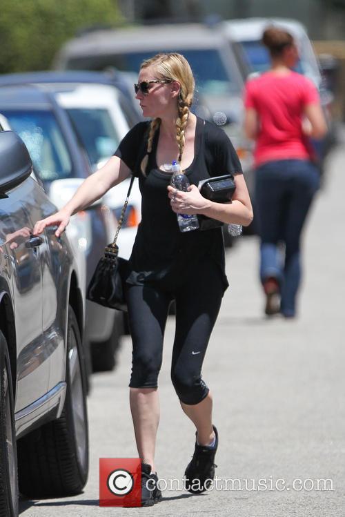 Kirsten Dunst and Kristen Dunst 6