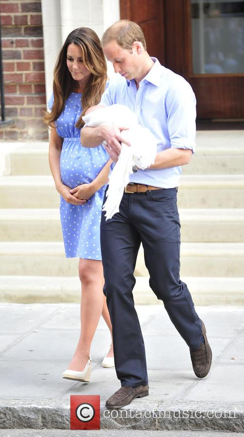 Prince William, Duke of Cambridge, Catherine, Duchess of Cambridge and Baby Cambridge 18