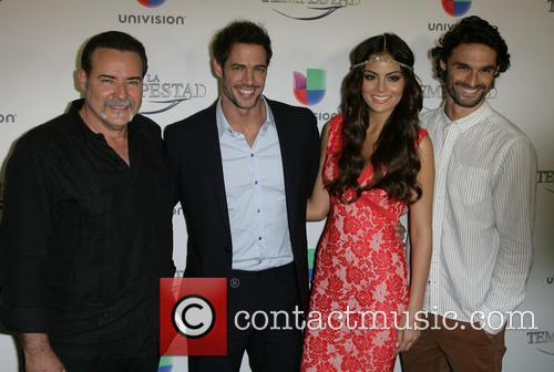 Cast: Cesar Evora, William Levy, Ximena Navarrete and Ivan Sanchez 1