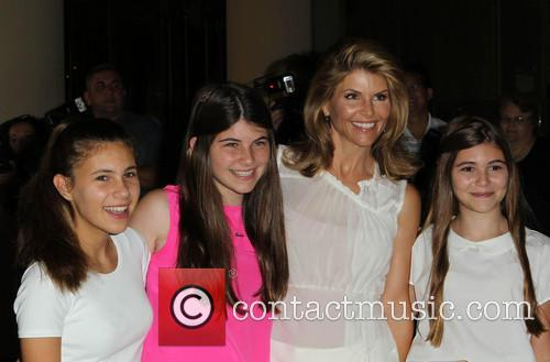 Lori Loughlin and And Kids 3