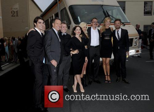 Rj Mitte, Bryan Cranston, Laura Fraser, Vince Gilligan, Anna Gunn and Aaron Paul 2