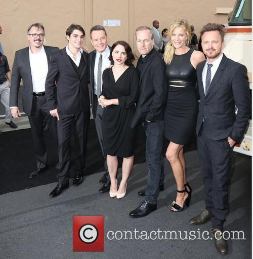 Vince Gilligan, Rj Mitte, Bryan Cranston, Laura Fraser, Bob Odenkirk, Anna Gunn and Aaron Paul 1