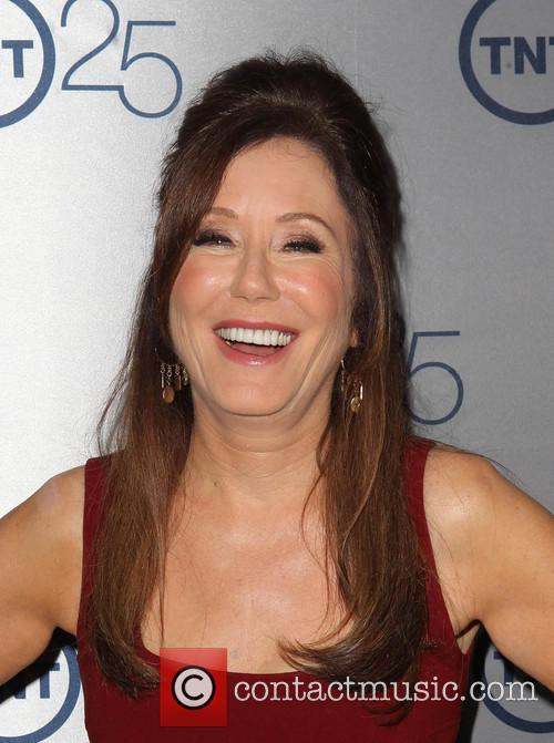 Mary Mcdonnell 9
