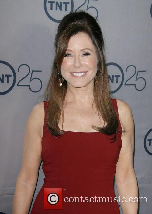 Mary Mcdonnell 3