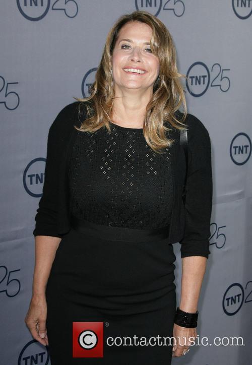 Lorraine Bracco 4