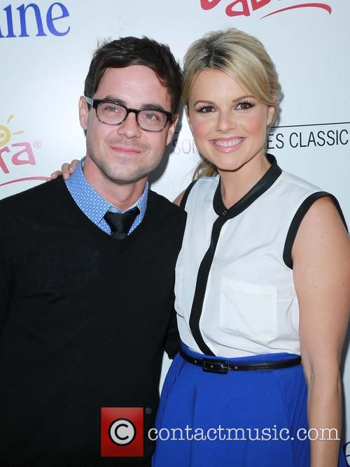 Kevin Manno and Ali Fedotowsky 4