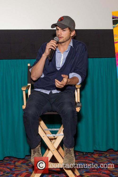 Ashton Kutcher, Century 9 SF Centre