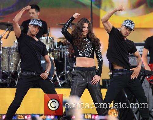 Selena Gomez 33