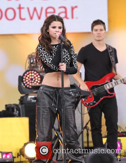 Selena Gomez 93
