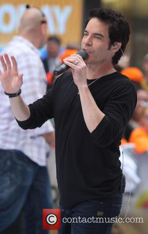 pat monahan train performs live as part 3782765
