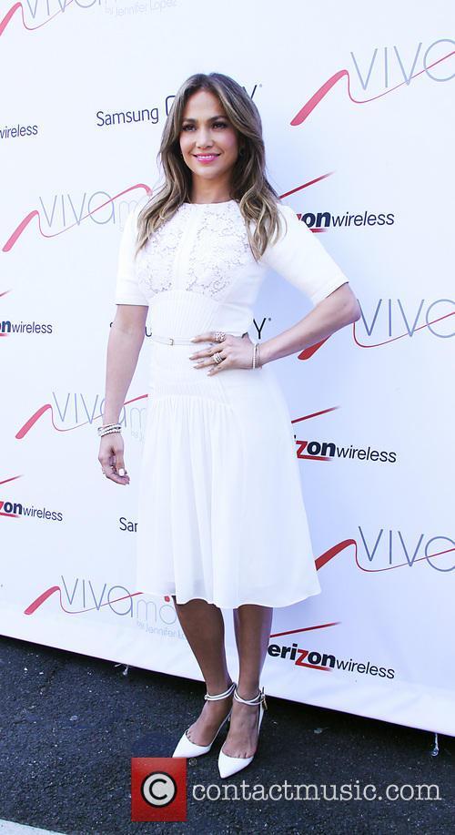 Jennifer Lopez 48