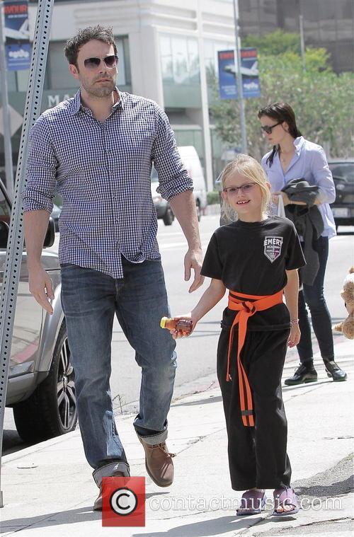 Jennifer Garner, Violet Affleck and Ben Affleck 5