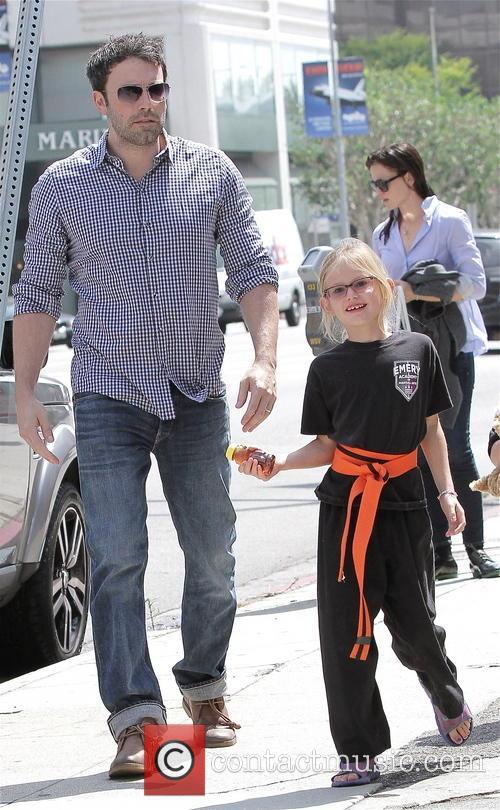 Jennifer Garner, Violet Affleck and Ben Affleck 1
