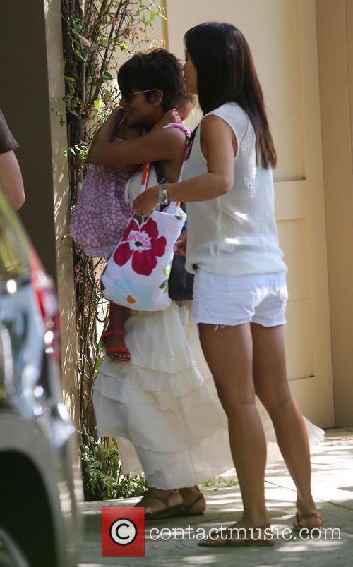 Halle Berry and Nahla Aubry 1