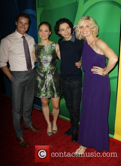Sam Jaeger, Erika Christensen, Max Burkholder and Monica Potter 7