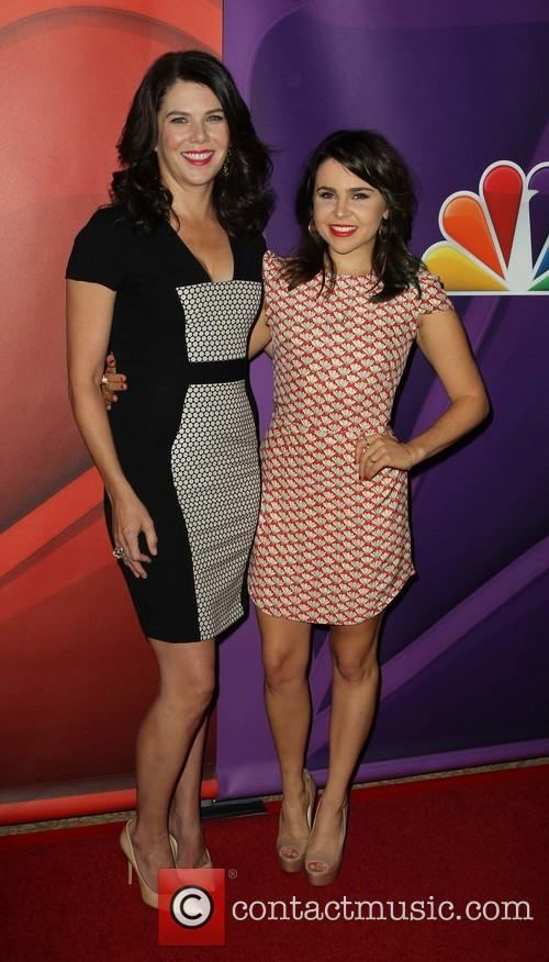 Lauren Graham and Mae Whitman 2