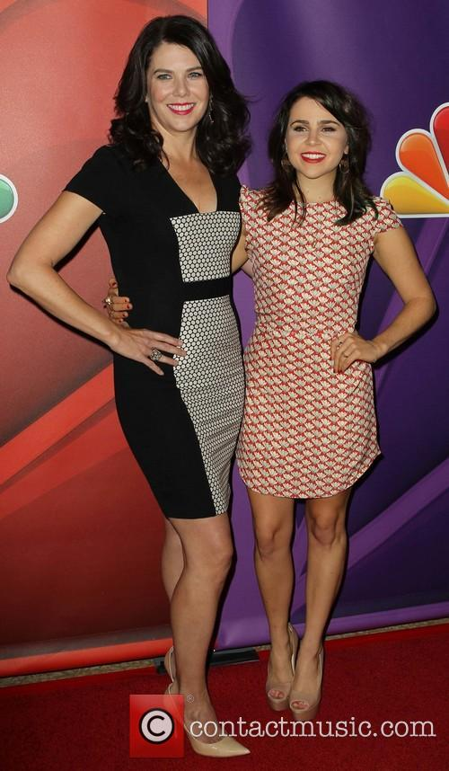 Lauren Graham and Mae Whitman 6