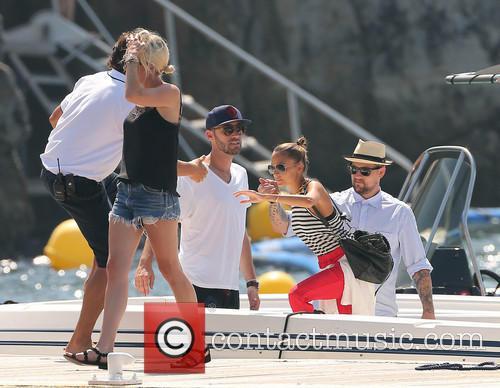 Joel Madden and Nicole Richie 9