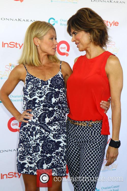 Kelly Ripa and Lisa Rinna 3