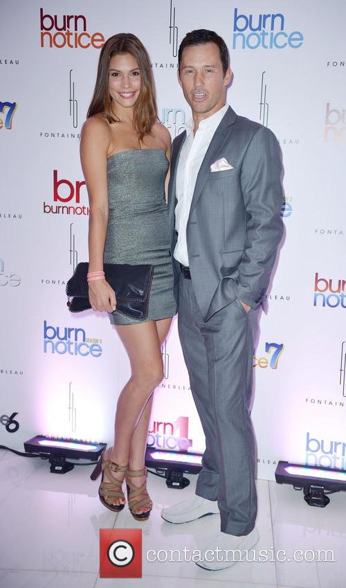 Burn notice season 5 episode 18 online dating 10