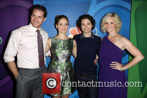 Sam Jaeger, Erika Christensen, Max Burkholder and Monica Potter 9