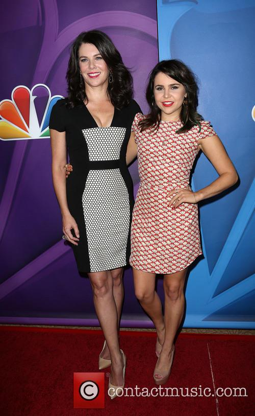 Lauren Graham and Mae Whitman 11