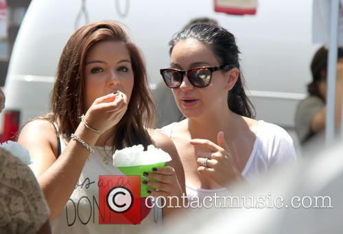 Ariel Winter and Shanelle Workman 9