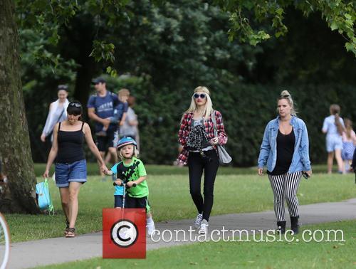 Gwen Stefani and Zuma Rossdale 7