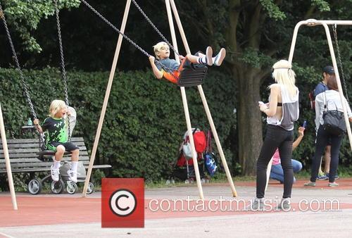 Gwen Stefani, Kingston Rossdale and Zuma Rossadale 2