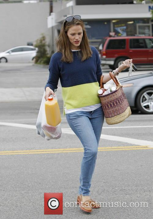 Jennifer Garner and daughter Violet out shopping
