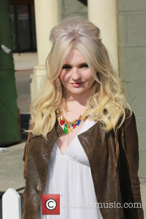 abigail breslin 7th annual power of youth 3784885