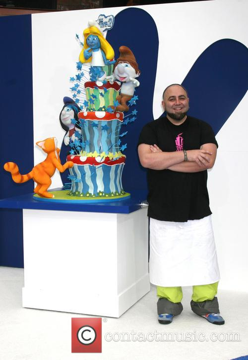 Duff Goldman With The Smurfs 2 Cake By Charm City Cakes 4