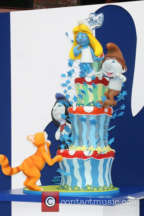 Smurfs 2 Cake By Charm City Cakes 5