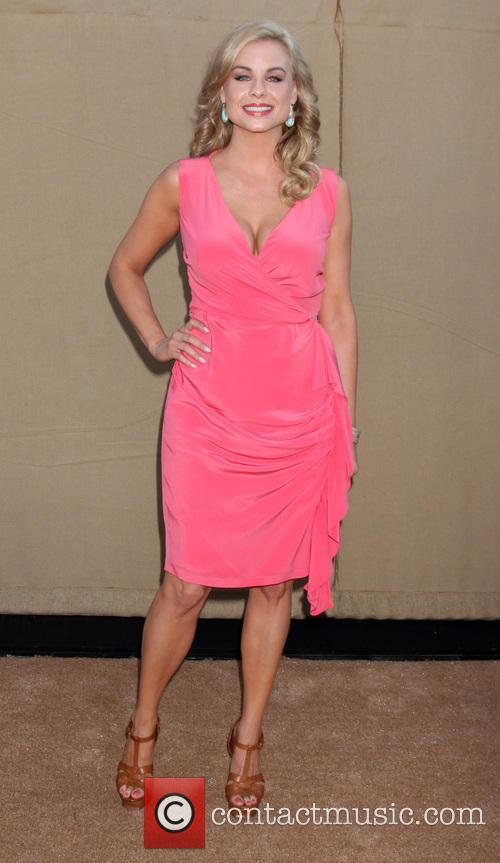 Jessica Collins 2013