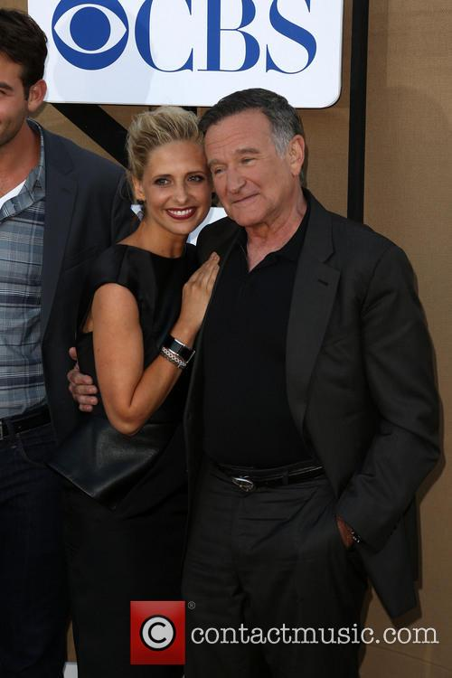 Sarah Michelle Gellar, Robin Williams and James Wolk 11