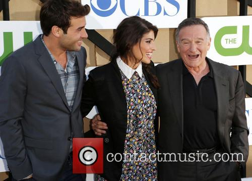 James Wolk, Amanda Setton and Robin Williams 1