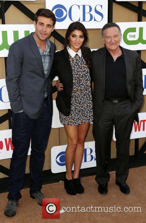 James Wolk, Amanda Setton and Robin Williams 2