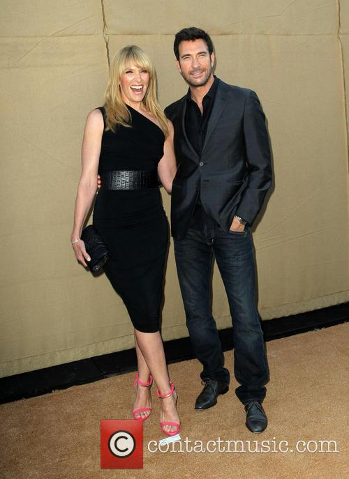 Toni Collette and Dylan Mcdermott 7