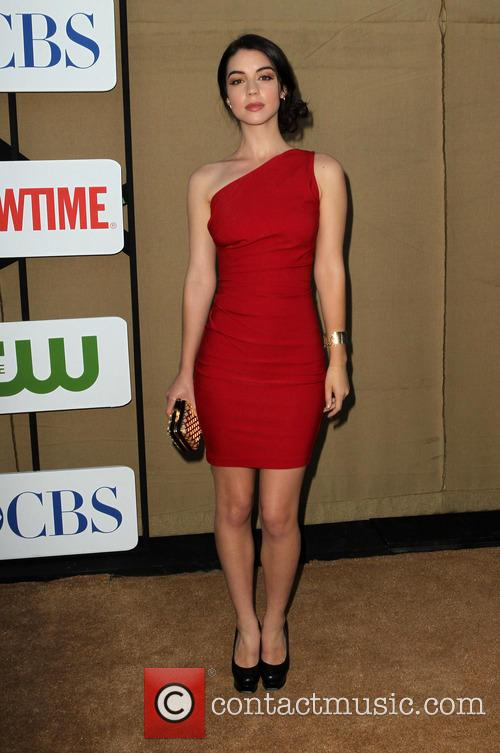 adelaide kane cw cbs and showtime 2013 3788645