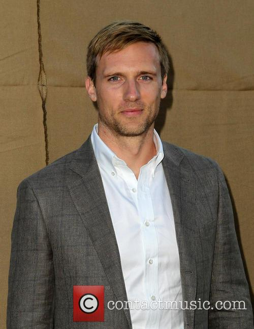 Teddy Sears 5