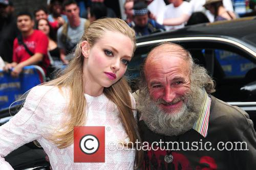 Amanda Seyfried and Radio Man 11