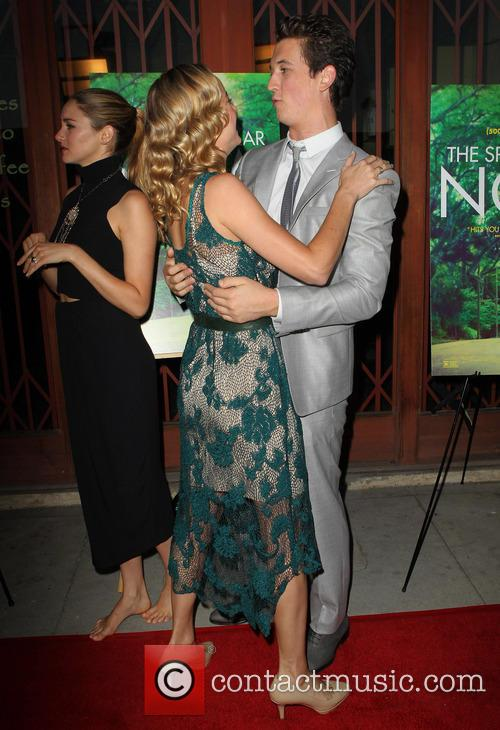 Brie Larson and Miles Teller 8