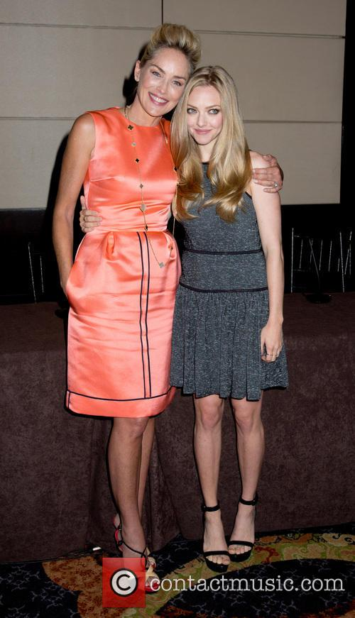 Sharon Stone and Amanda Seyfried 9