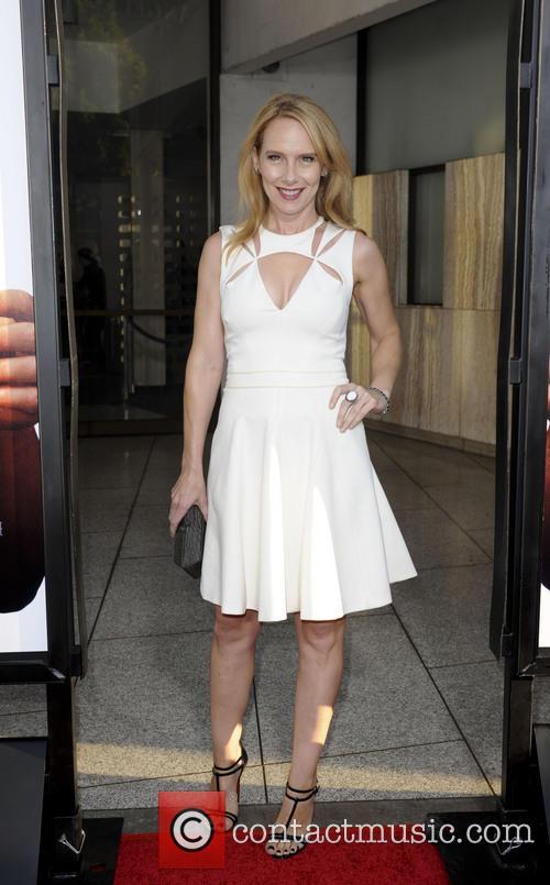 Amy Ryan 6