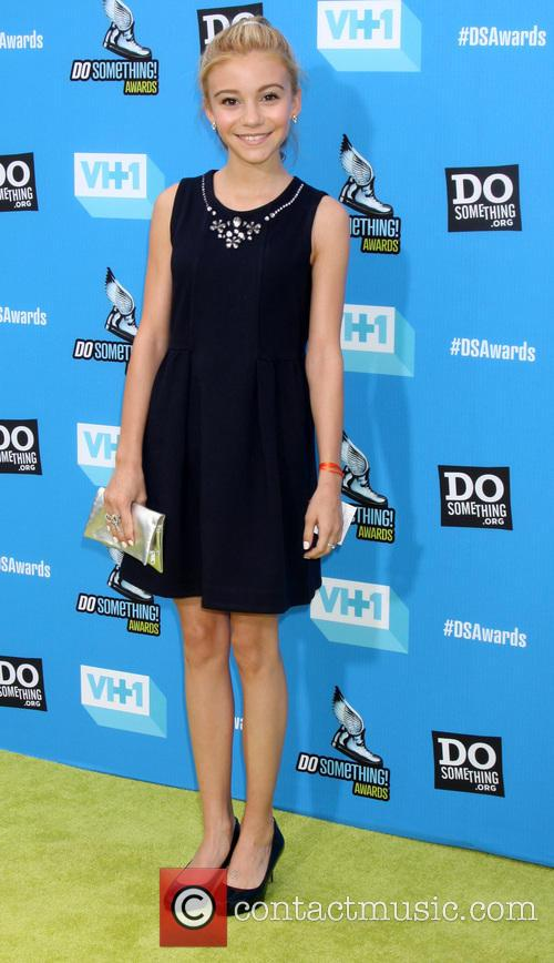 genevieve hannelius 2013 do something awards 3791648