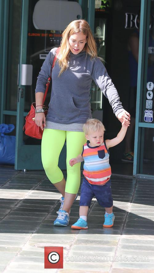 Hilary Duff and Lucas Comrie 11