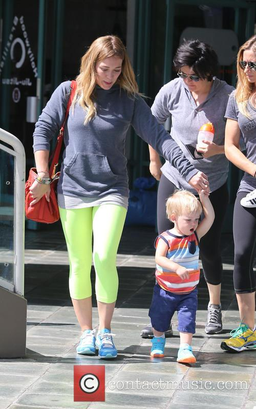 Hilary Duff and Lucas Comrie 14